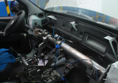 Desmontaje del tablero Fiat Fiorino