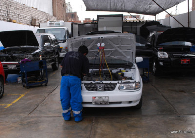 Revisión de Presión de Gas Nissan Sentra